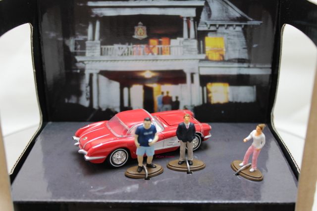 Checrolet Corvette with 3 figures 1959