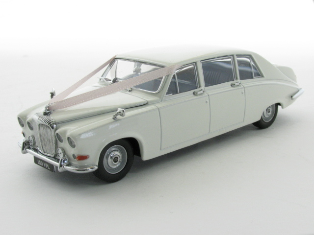 Daimler DS420 Wedding Car Wit