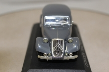 Citroen Traction Avant 15-Six